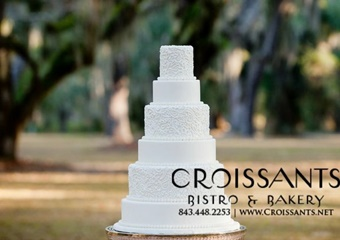 croissant's bistro and bakery cake picture